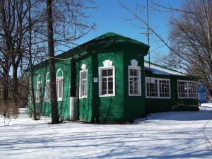 Современный вид Григоровского храма. Алтарная часть. Справа видна пристройка советского периода. Фото автора.